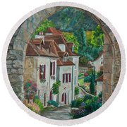 Arch Of Saint-cirq-lapopie Round Beach Towel