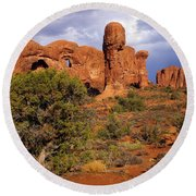 Arches 14 Round Beach Towel