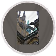 Arches And Spires Round Beach Towel