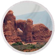 Arches Formation 22 Round Beach Towel