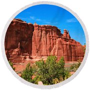 Arches National Park, Utah Usa - Tower Of Babel, Courthouse Tower Round Beach Towel