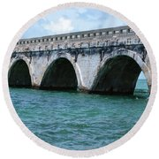 Arches Of The Bridge Round Beach Towel