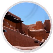Architecture In Santa Fe Round Beach Towel