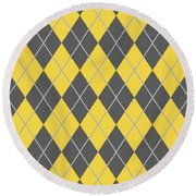 Argyle Diamond With Crisscross Lines In Pewter Gray T05-p0126 Round Beach Towel