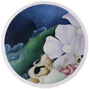 Arrival In Pairs Round Beach Towel