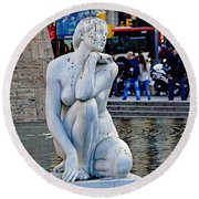 Artistic Statue That Has Gone To The Birds In Barcelona Round Beach Towel