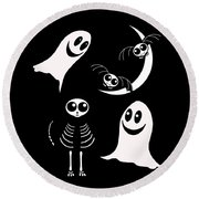 Halloween Bats Ghosts And Cat Round Beach Towel