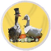 Thanksgiving Pilgrim Ducks Round Beach Towel