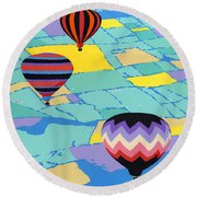 Abstract Hot Air Balloons - Ballooning - Pop Art Nouveau Retro Landscape - 1980s Decorative Stylized Round Beach Towel