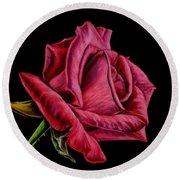 Red Rose On Black Round Beach Towel