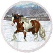 Bay Pinto Gypsy Vanner In Snow Round Beach Towel