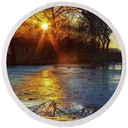 Setting On Thin Ice Round Beach Towel