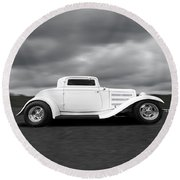 32 Ford Deuce Coupe In Black And White Round Beach Towel