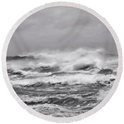 Atlantic Storm In Black And White Round Beach Towel