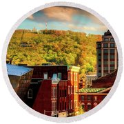 Autumn In Roanoke Round Beach Towel