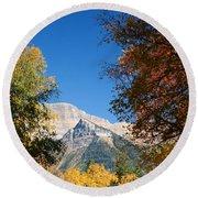 Autumn Peaks Round Beach Towel