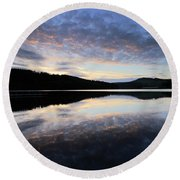 Autumn Sunset, Ladybower Reservoir Derwent Valley Derbyshire Round Beach Towel
