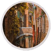 autunno a Venezia Round Beach Towel by Guido Borelli