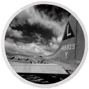 B17 Tail Round Beach Towel