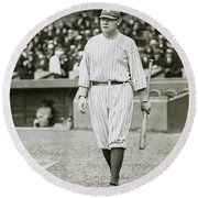 Babe Ruth Going To Bat Round Beach Towel