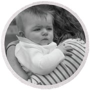 Baby Content On Mom's Shoulder Round Beach Towel