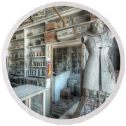 Back In 5 - The General Store, Bodie Ghost Town Round Beach Towel