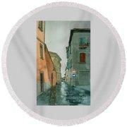 Bagnoregio Street In The Rain Round Beach Towel