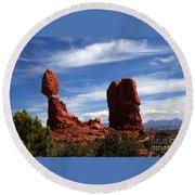 Balanced Rock Arches National Park, Moab, Utah Round Beach Towel