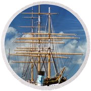 Balclutha Mast And Rigging Round Beach Towel