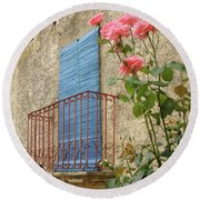 Balcony And Roses Round Beach Towel