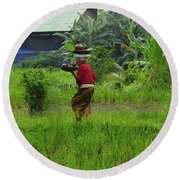 Balinese Lady Carrying Pot Round Beach Towel