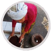 Balinese Lady Sifting Coffee Round Beach Towel