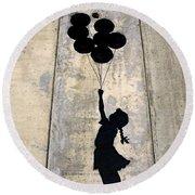 Ballons Girl Round Beach Towel