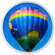 Balloon Over Wine Country Round Beach Towel