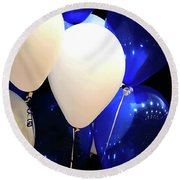 Balloons Of Blue And White Round Beach Towel