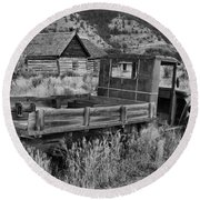 Bannack Extended Parking Black And White Round Beach Towel