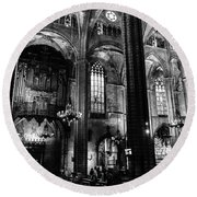 Barcelona Cathedral Interior Bw Round Beach Towel