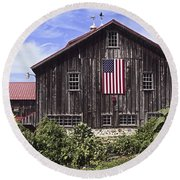 Barn And American Flag Round Beach Towel
