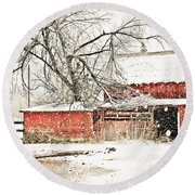 Barn And Pond Round Beach Towel