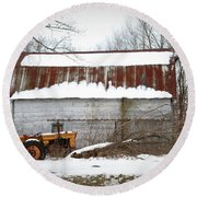 Barn And Tractor Round Beach Towel