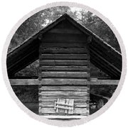 Barn And Wagon Round Beach Towel