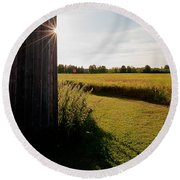 Barn Highlight Round Beach Towel