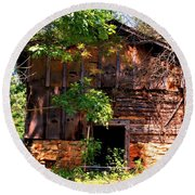 Barn In The Shade Round Beach Towel