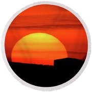 Barn Sunset Round Beach Towel