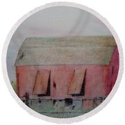 Barn The Red Round Beach Towel