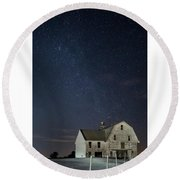 Barn With Milky Way Round Beach Towel