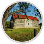 Barn With Red Metal Roof Round Beach Towel