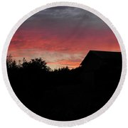 Barnyard Sunset Round Beach Towel