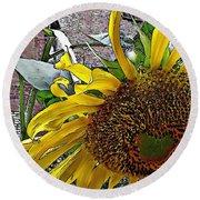 Barrio Sunflower 3 Round Beach Towel