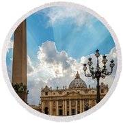 Basilica Papale Di San Pietro Round Beach Towel